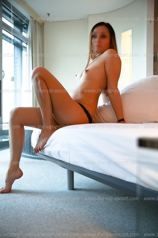 boys luxury escort frankfurt